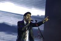 O cantautor vasco Álex Ubago ofrecerá un concerto acústico o vindeiro 28 de maio en Ribadeo. As entradas xa están á venda.