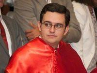 El pregonero de la Semana Santa de Ribadeo será Diego Vigil de Quiñones Otero. El acto tendrá lugar el 19 de marzo en la iglesia parroquial de Santa María del Campo.