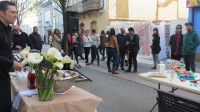 Esprit inauguró la tienda que acaba de abrir en Ribadeo, en el nº 15 de la calle Rodríguez Murias. Cientos de personas asistieron a la fiesta.