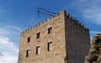 Do 24 de decembro ao 8 de xaneiro poderase visitar en Alfoz o Castelo de Castrodouro, que xa loce a súa estrela de Nadal, unha das máis grandes de Galicia.