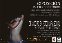 """A exposición """"Imaxes con Fondo"""", que se pode ver en Xove ata o 15 de agosto, promove actitudes solidarias e respectuosas. A vindeira semana haberá un obradoiro de fotografía."""
