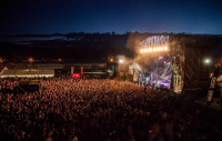 La organización del Resurrection Fest ultima el cartel de las bandas que acudirán a esta cita en Viveiro el próximo verano.