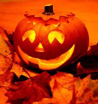 """Ni Halloween ni Samaín, el Resort Las Sirenas de Viveiro celebrará su peculiar fiesta de """"Thalaín"""" el próximo 31 de octubre. Habrá cena-baile e interesantes ofertas de alojamiento."""
