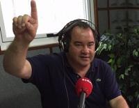 Radio Voz A Mariña emitirá este luns, 16 de novembro, unha tertulia de actualidade desde o hipermercado Eroski, en Ribadeo.