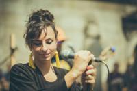 Nastasia Zürcher pechará o 21 de agosto os Concertos ao Solpor, que se celebran nos xardíns do Eido Dourado en Barreiros.