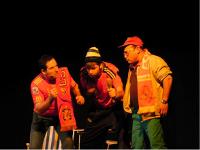 """O grupo de teatro do Colectivo Cultural Ollomao, de Barreiros, representará """"Oé, oé, oé"""" este venres, 20 de marzo, en Lugo."""