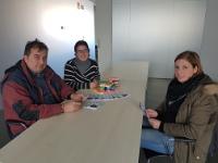 O Concello cervense promove a elaboración de beléns de plastilina por parte d@s nen@s en San Ciprián e Cervo.