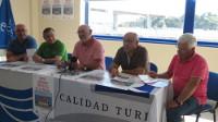 Las regatas de la XXVI Semana Náutica Ría de Ribadeo se celebrarán desde este jueves, día 4, al 10 de agosto. El evento fue presentado por el presidente y otros directivos del Real Club Náutico.
