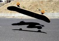 En Cervo a Delegación Municipal de Xuventude organiza unha xornada de skate e outra de surf. Os interesados en participar deben inscribirse antes do 21 de abril.
