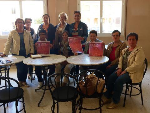 O Concello de Cervo organiza unha andaina para conmemorar o día internacional contra o cancro de mama. Será o 23 de outubro polo paseo azul do Torno, en San Ciprián.