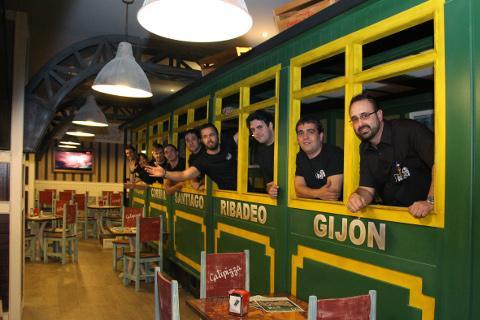Abre en Gijón la primera franquicia Galipizza fuera de Galicia. La firma hostelera cuenta con locales en Viveiro, Ribadeo, Culleredo y Santiago.