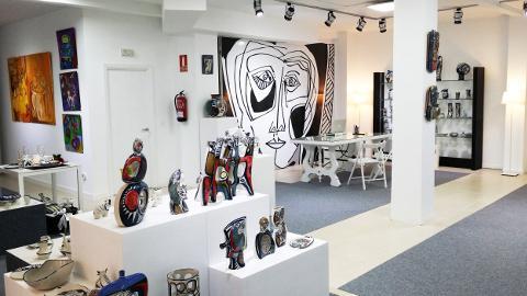 Terra Branca presentará el 9 de junio la Rapaciña Indiana, una creación en exclusiva para la galería ribadense de la firma de diseño Marga Robledo.