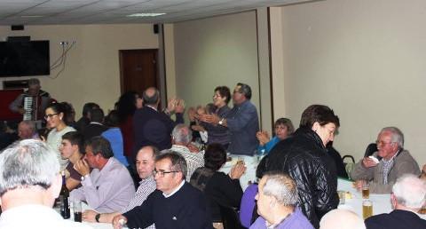 A Asociación Burgo de Trasbar, de Cervo, celebrará a festa de Pascua o 27 de marzo. Haberá misa, xantar e baile.