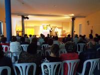 """O centro sociocultural Manuel Díaz Sampedro, de San Cosme de Barreiros, acolle este domingo, 25 de outubro, a obra de teatro """"Soños cumpridos"""", do grupo Ardora."""