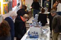Esta Semana Santa Terra Branca abrió sus puertas en Mallorca. En la sala podemos encontrar obras del ceramista vivariense Otero Regal, de la artista asturiana Marga Robledo, y de la propietaria de la galería, Mariángel Leal.